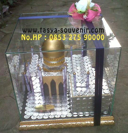 mahar pernikahan unik dari uang koin logam bentuk masjid 4 dimensi
